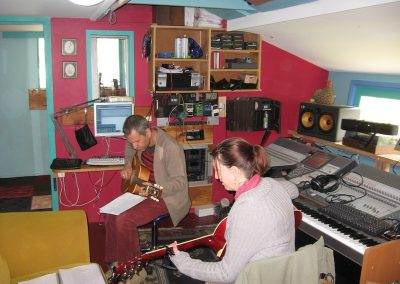 nicola and Mickey in studio